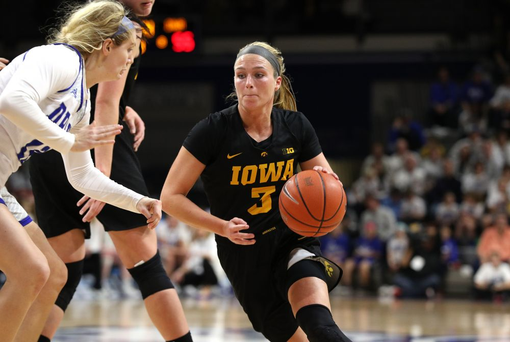 Iowa Hawkeyes guard Makenzie Meyer (3) against the Drake Bulldogs Friday, December 21, 2018 at the Knapp Center in Des Moines. (Brian Ray/hawkeyesports.com)