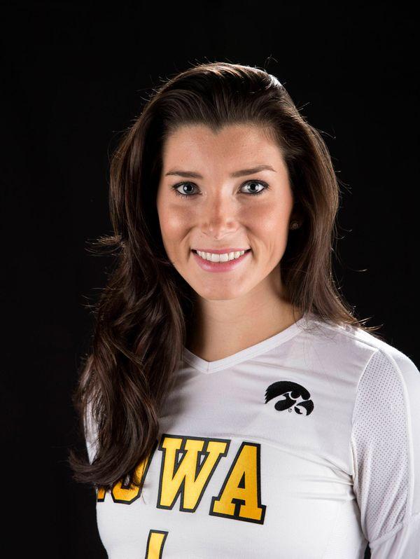Alessandra Dietz - Volleyball - University of Iowa Athletics
