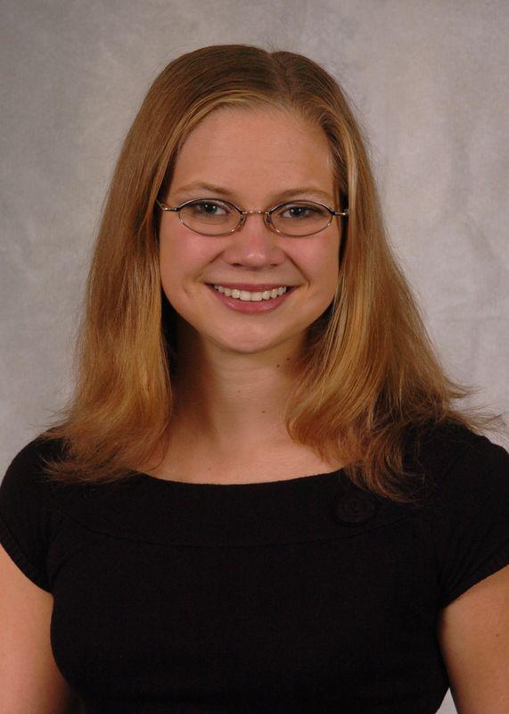 Laura Mozdzen - Women's Swim & Dive - University of Iowa Athletics