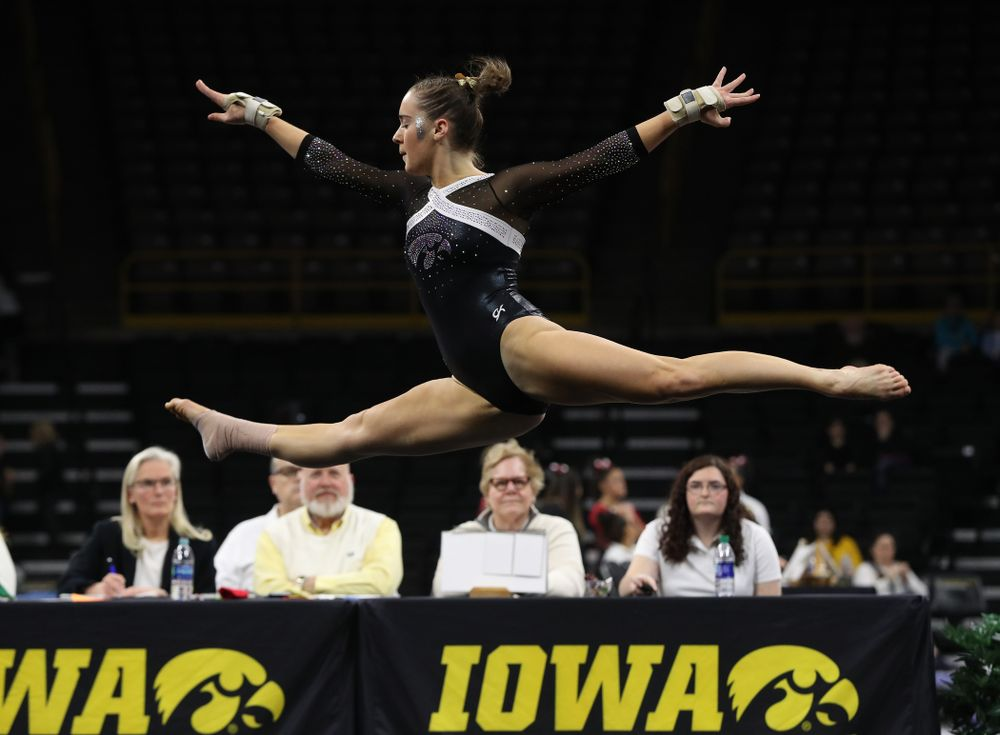 Iowa's Allie Gilchrist competes on the floor against the Rutgers Scarlet Knights Saturday, January 26, 2019 at Carver-Hawkeye Arena. (Brian Ray/hawkeyesports.com)