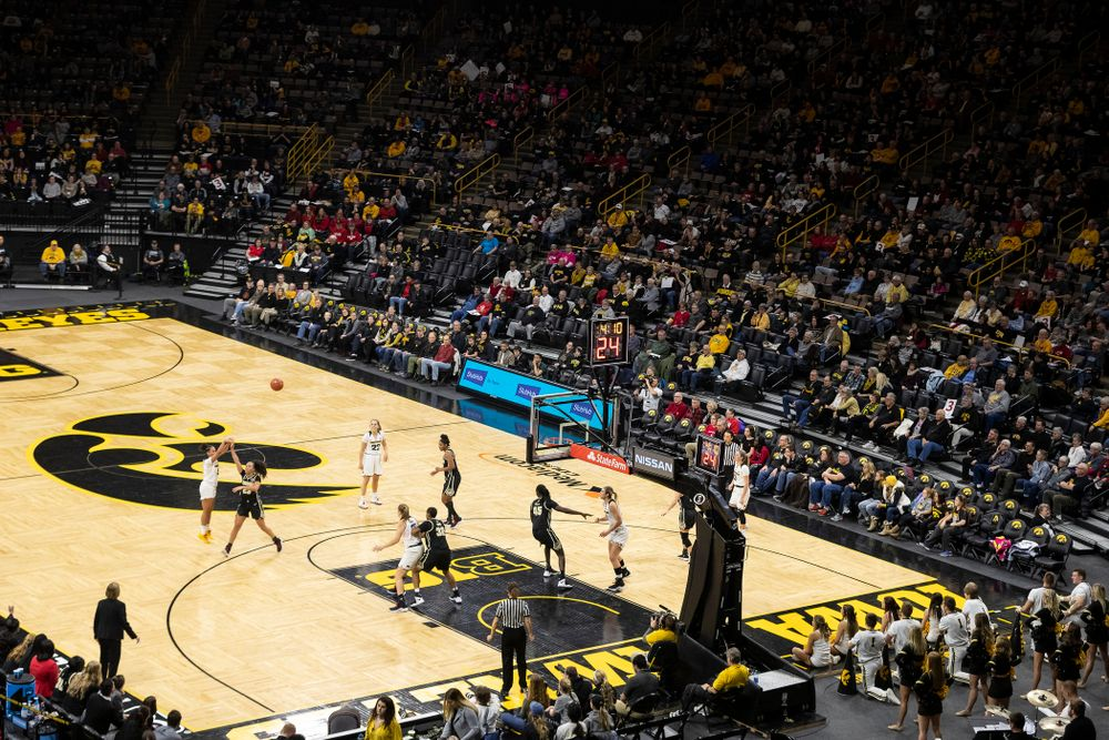 The Iowa Hawkeyes against the Purdue Boilermakers Sunday, January 27, 2019 at Carver-Hawkeye Arena. (Brian Ray/hawkeyesports.com)