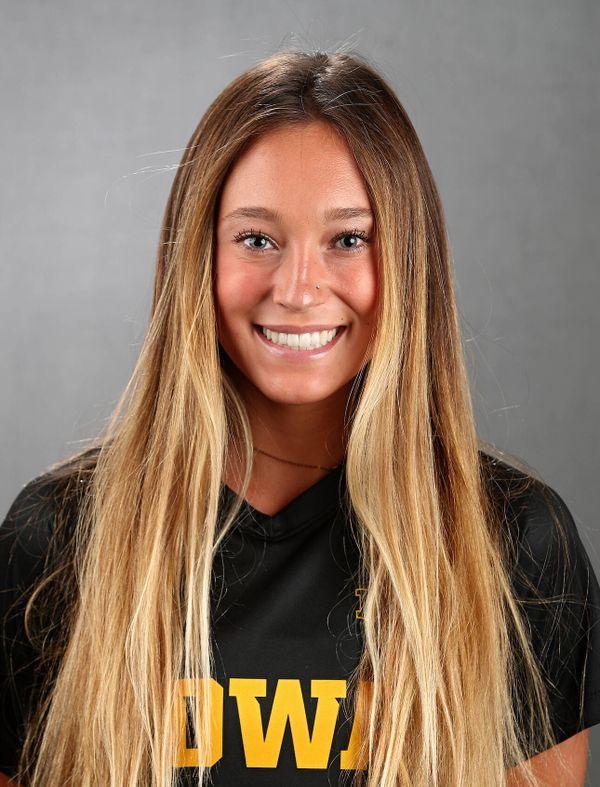 Skylar Alward - Women's Soccer - University of Iowa Athletics