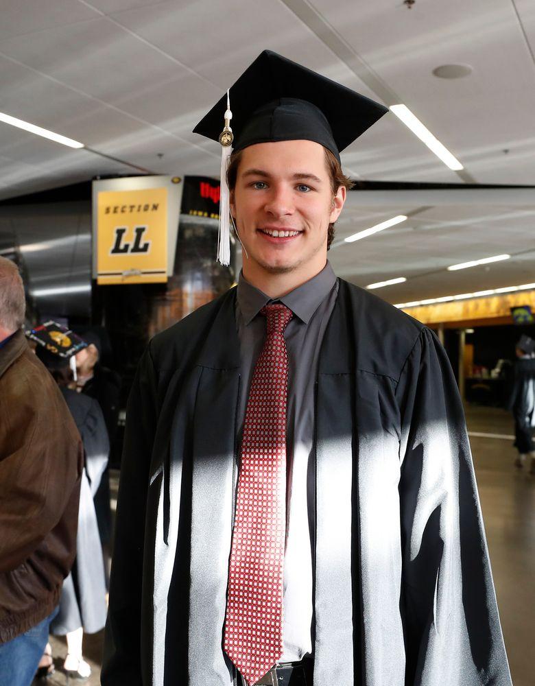 Iowa Hawkeyes quarterback Tyler Wiegers (8)