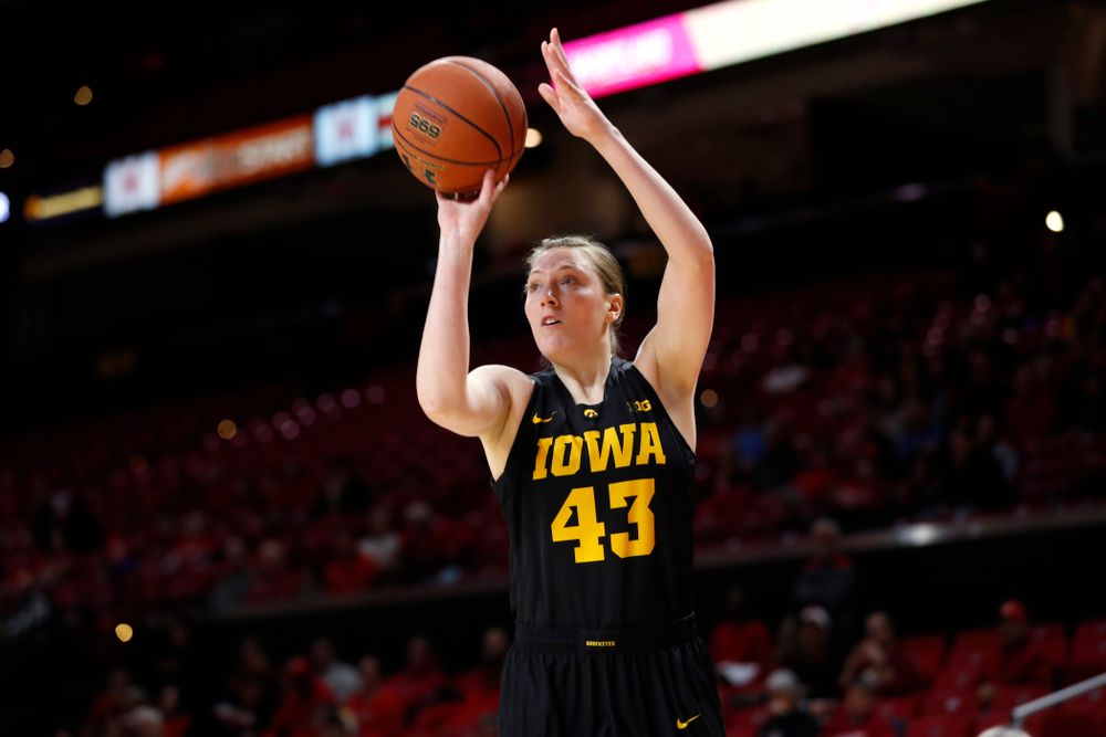 Iowa Hawkeyes forward Amanda Ollinger (43)