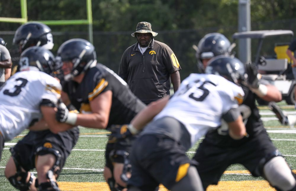 IOWA ASSISTANT DEFENSIVE LINE COACH AND RECRUITING COORDINATOR KELVIN BELL