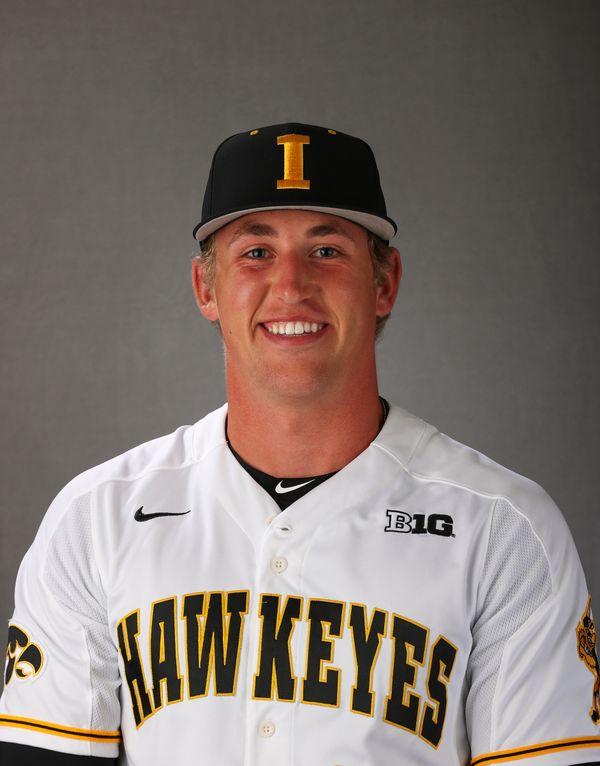 Luke Llewellyn - Baseball - University of Iowa Athletics