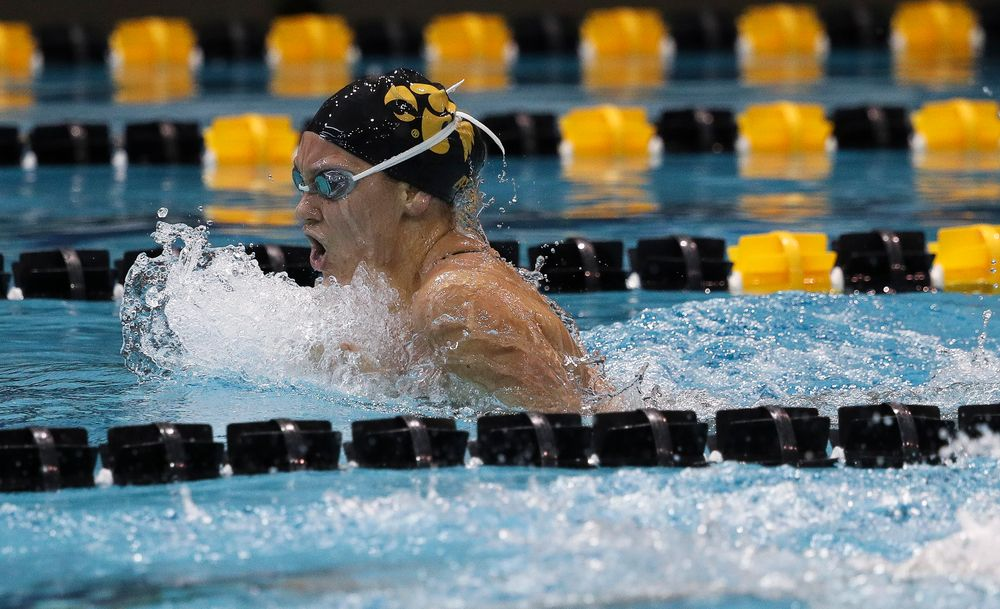 Iowa's Devin Jacobs competes in the 400-yard individual medley during a meet against Michigan and Denver at the Campus Recreation and Wellness Center on November 3, 2018. (Tork Mason/hawkeyesports.com)