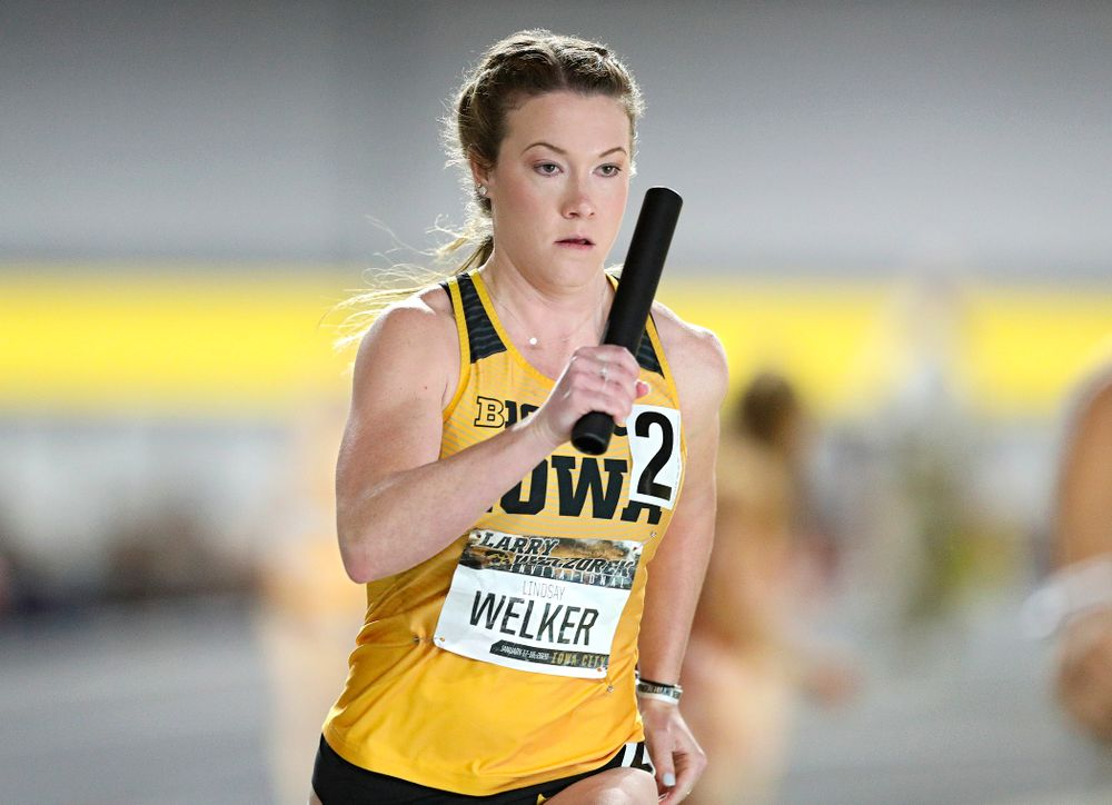Iowa's Lindsay Welker runs the women's 1600 meter relay event during the Larry Wieczorek Invitational at the Recreation Building in Iowa City on Saturday, January 18, 2020. (Stephen Mally/hawkeyesports.com)