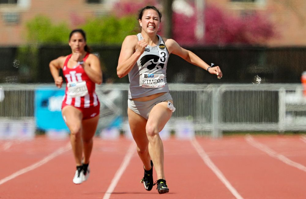 Iowa's Jenny Kimbro run during the women's 200 meter dash in the heptathlon event on the first day of the Big Ten Outdoor Track and Field Championships at Francis X. Cretzmeyer Track in Iowa City on Friday, May. 10, 2019. (Stephen Mally/hawkeyesports.com)