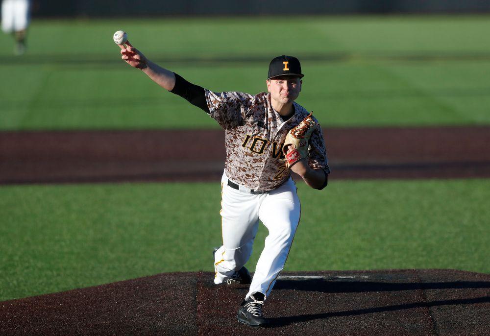 Iowa Hawkeyes pitcher Brady Schanuel (27) against the Ohio State Buckeyes Saturday, April 7, 2018 at Duane Banks Field. (Brian Ray/hawkeyesports.com)