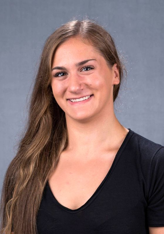 Katie Wells - Women's Swim & Dive - University of Iowa Athletics
