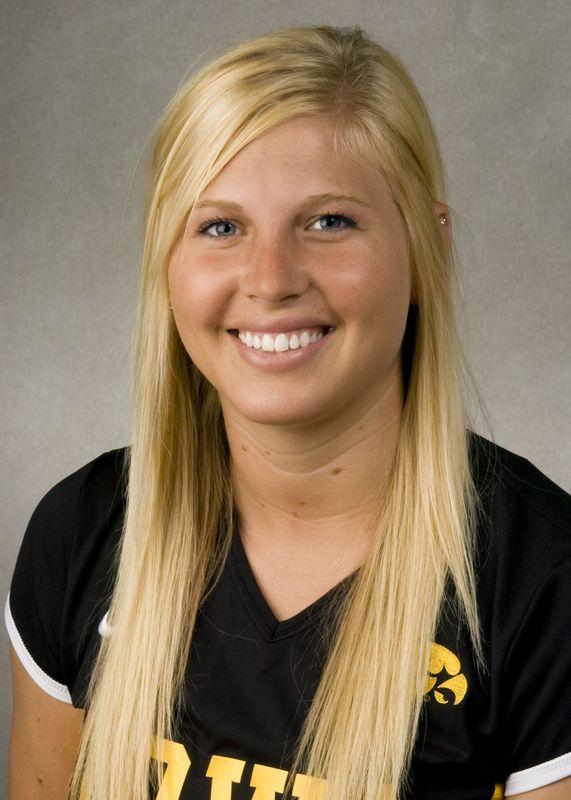 Katie Wessels - Volleyball - University of Iowa Athletics