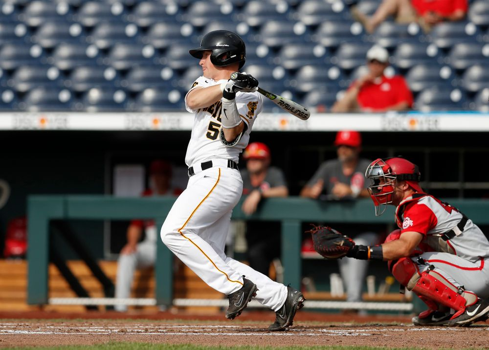 Iowa Hawkeyes catcher Tyler Cropley (5) against the Ohio State Buckeyes in the second round of the Big Ten Baseball Tournament  Thursday, May 24, 2018 at TD Ameritrade Park in Omaha, Neb. (Brian Ray/hawkeyesports.com)