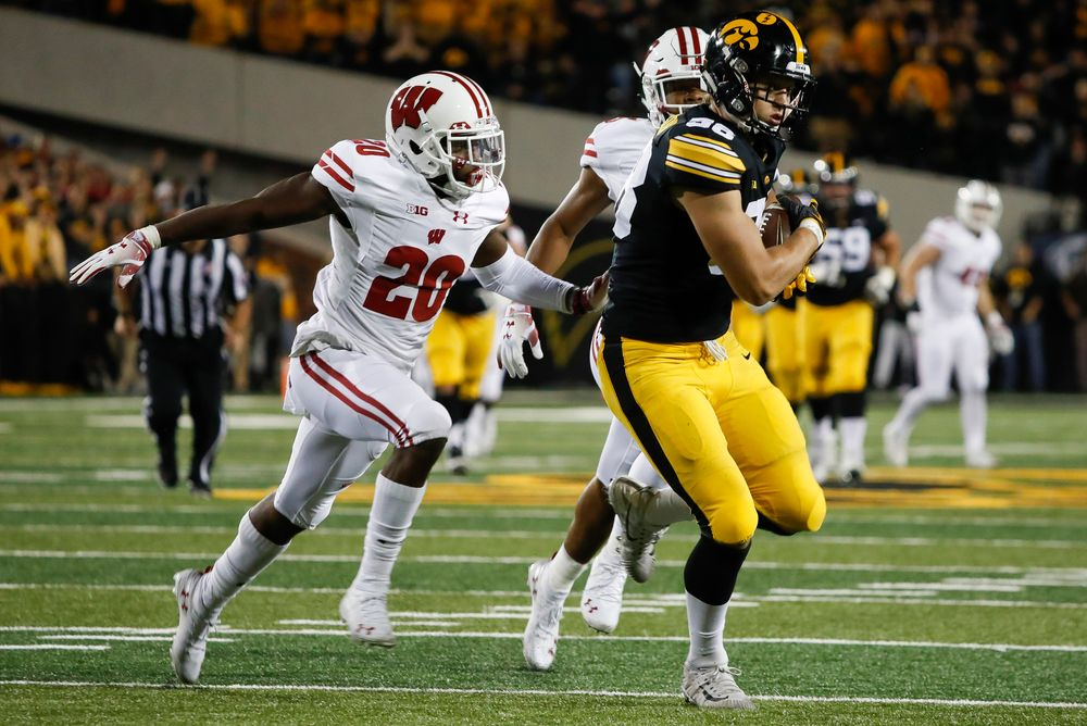 Iowa Hawkeyes tight end T.J. Hockenson (38) makes a first down reception during a game against Wisconsin at Kinnick Stadium on September 22, 2018. (Tork Mason/hawkeyesports.com)
