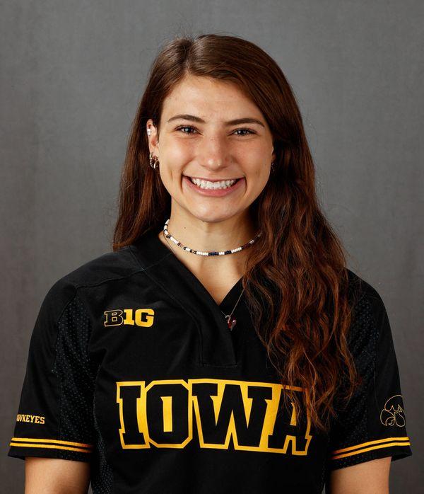 Maggie Vasa - Softball - University of Iowa Athletics
