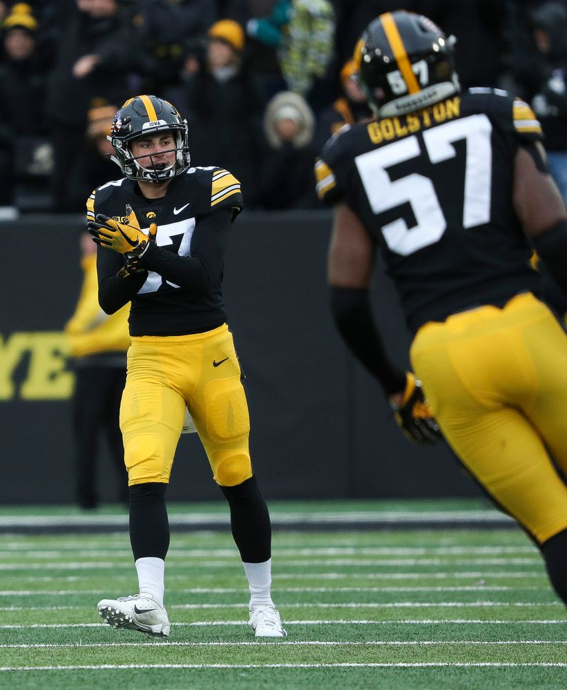 Iowa Hawkeyes defensive back Riley Moss (33) reacts after a defensive stop during a game against Northwestern at Kinnick Stadium on November 10, 2018. (Tork Mason/hawkeyesports.com)
