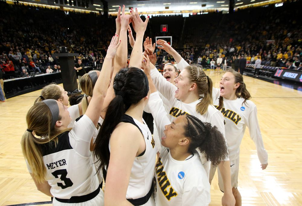The Iowa Hawkeyes on the court during the first round of the 2019 NCAA Women's Basketball Tournament at Carver Hawkeye Arena in Iowa City on Friday, Mar. 22, 2019. (Stephen Mally for hawkeyesports.com)