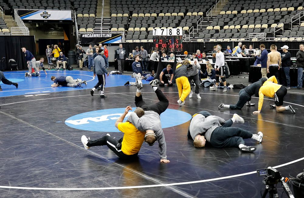 Hawkeyes get a workout in at PPG Paints Arena