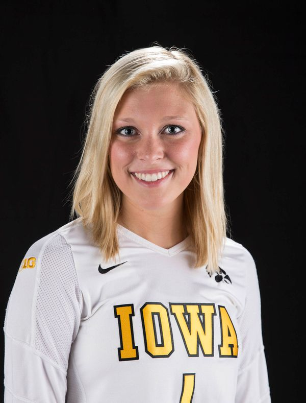 Kaylee Smith - Volleyball - University of Iowa Athletics
