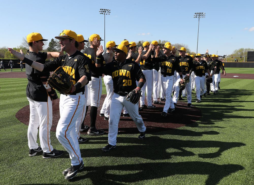 The Iowa Hawkeyes celebrate after winning game two against UC Irvine Saturday, May 4, 2019 at Duane Banks Field. (Brian Ray/hawkeyesports.com)