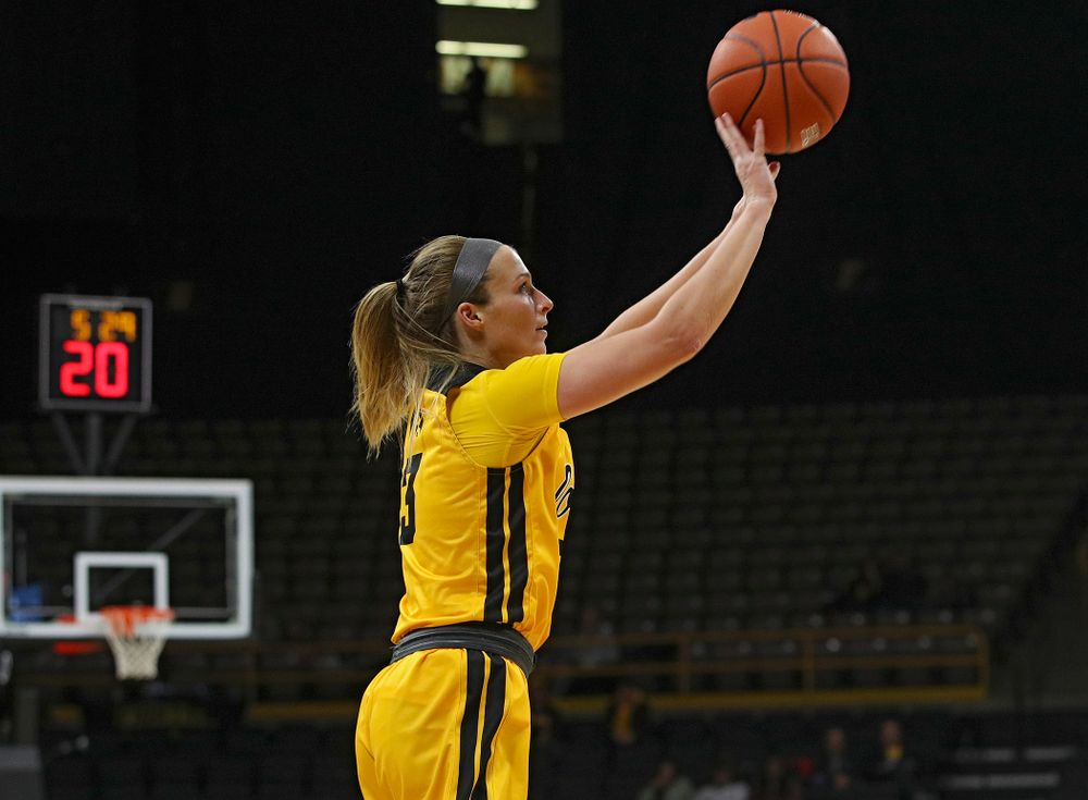 Iowa Hawkeyes guard Makenzie Meyer (3) puts up a shot during the third quarter of their game at Carver-Hawkeye Arena in Iowa City on Thursday, January 23, 2020. (Stephen Mally/hawkeyesports.com)