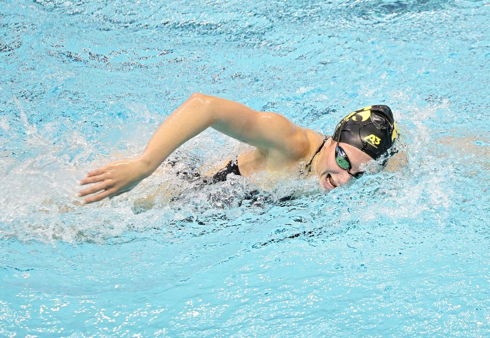 Iowa's Anna Brooker swims the women's 1000-yard freestyle event during their meet against Michigan State and Northern Iowa at the Campus Recreation and Wellness Center in Iowa City on Friday, Oct 4, 2019. (Stephen Mally/hawkeyesports.com)