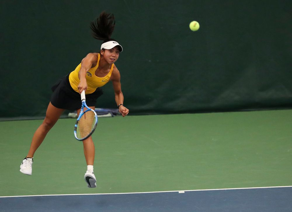 Michelle Bacalla serves in a singles match during the second day of the ITA Central Regional Championships at the Hawkeye Tennis and Recreation Complex on October 13, 2018. (Tork Mason/hawkeyesports.com)