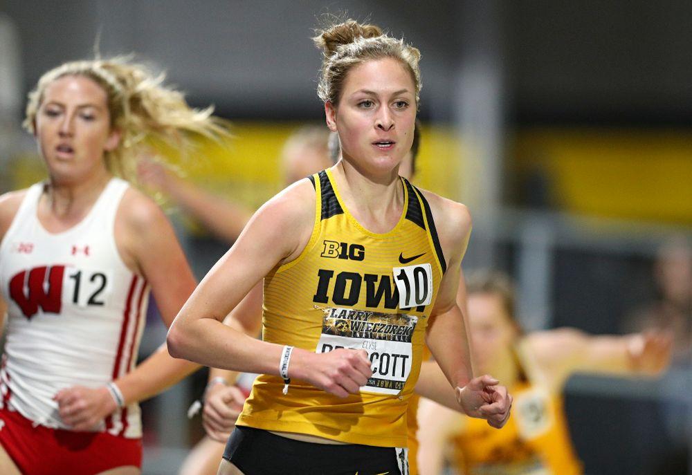Iowa's Elyse Prescott runs the women's 3000 meter run premier event during the Larry Wieczorek Invitational at the Recreation Building in Iowa City on Saturday, January 18, 2020. (Stephen Mally/hawkeyesports.com)