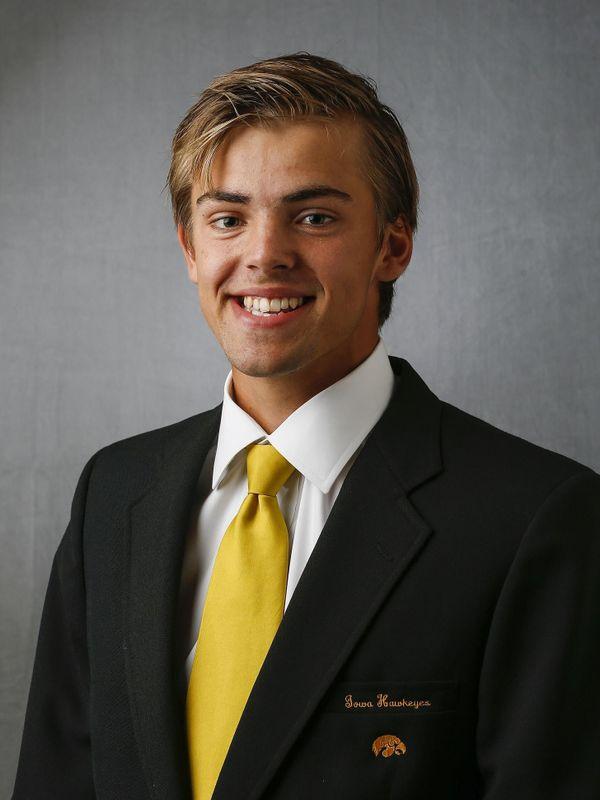 Nils Hallestrand - Men's Tennis - University of Iowa Athletics