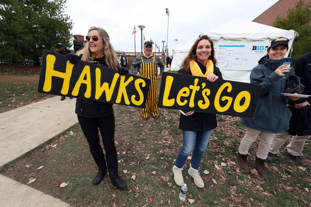 Family and Friends cheer on the Iowa Hawkeyes before their game against Penn State in the 2019 Big Ten Field Hockey Tournament Championship Game Sunday, November 10, 2019 in State College. (Brian Ray/hawkeyesports.com)