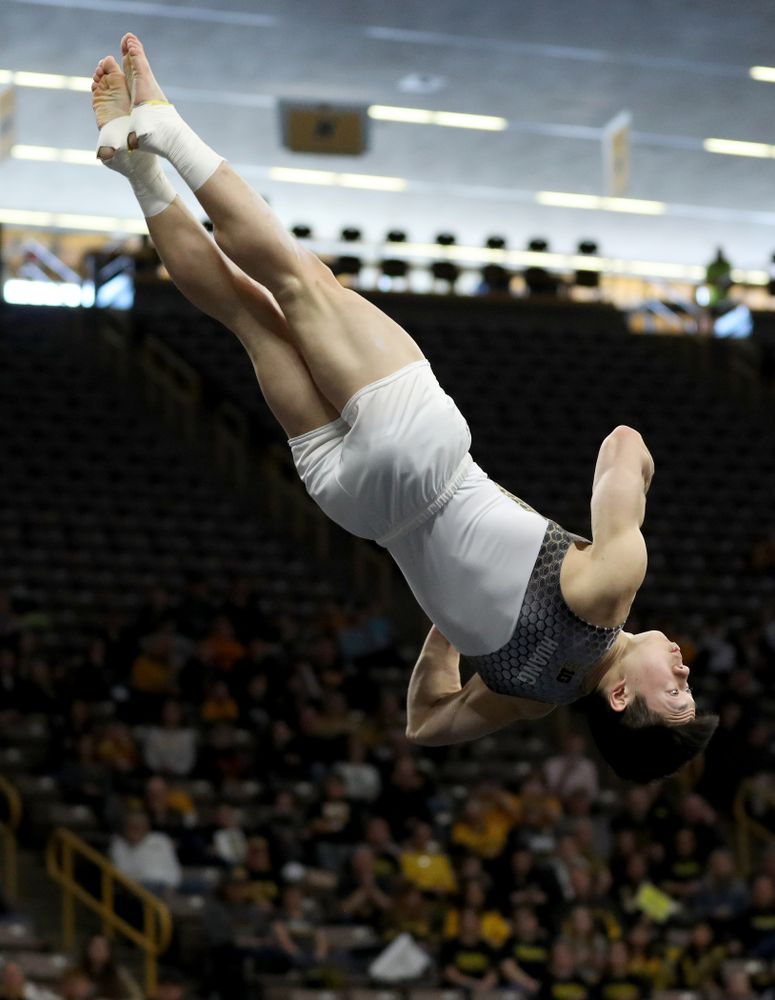 Iowa's Bennet Huang competes on the floor against UIC and Minnesota Saturday, February 1, 2020 at Carver-Hawkeye Arena. (Brian Ray/hawkeyesports.com)
