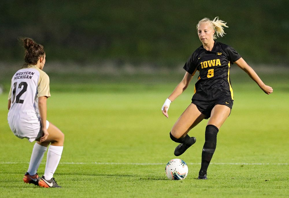 Iowa defender Samantha Cary (9) looks to pass during the second half of their match against Western Michigan at the Iowa Soccer Complex in Iowa City on Thursday, Aug 22, 2019. (Stephen Mally/hawkeyesports.com)