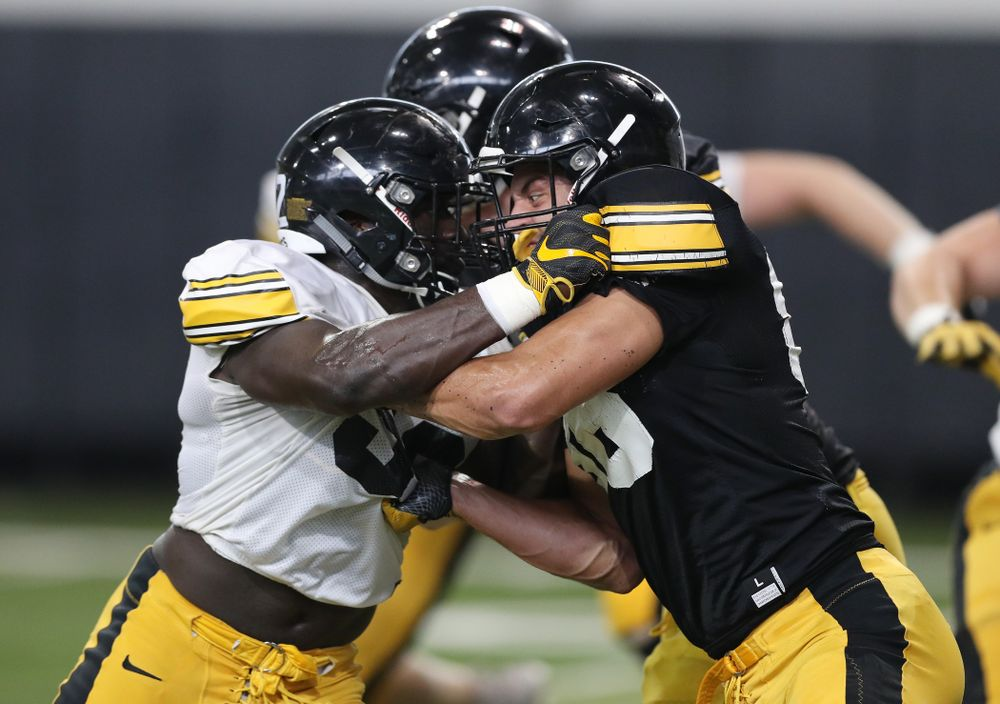 Iowa Hawkeyes linebacker Amani Jones (52) anduring Fall Camp Practice No. 6 Thursday, August 8, 2019 at the Ronald D. and Margaret L. Kenyon Football Practice Facility. (Brian Ray/hawkeyesports.com)