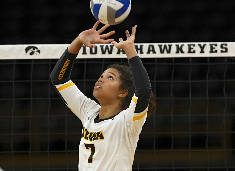Iowa's Brie Orr (7) sets the ball during the first set of their Big Ten/Pac-12 Challenge match against Colorado at Carver-Hawkeye Arena in Iowa City on Friday, Sep 6, 2019. (Stephen Mally/hawkeyesports.com)