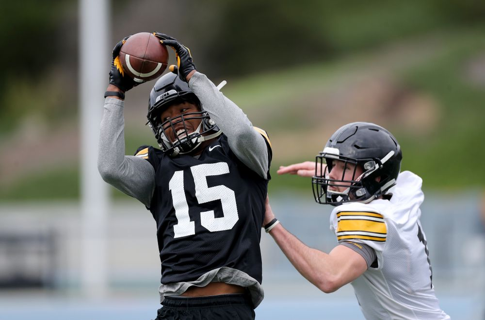 Iowa Hawkeyes wide receiver Desmond Hutson (81) during practice Sunday, December 22, 2019 at Mesa College in San Diego. (Brian Ray/hawkeyesports.com)