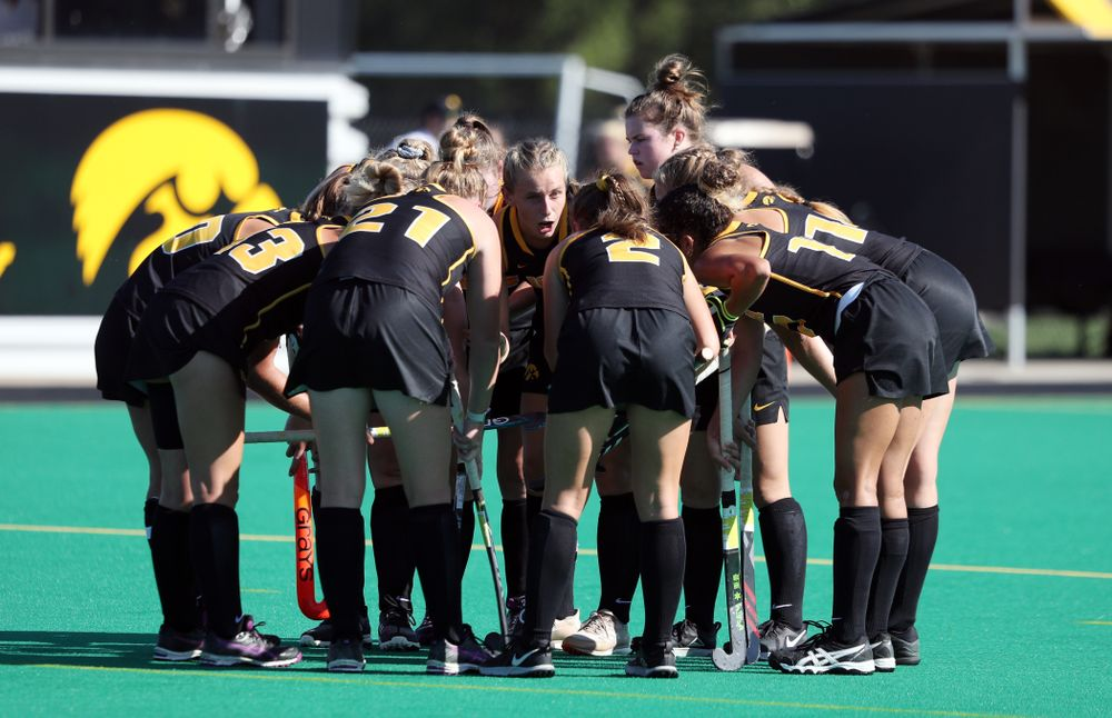Iowa Hawkeyes Katie Birch (11) sets up a penalty corner against Central Michigan Friday, September 6, 2019 at Grant Field. The Hawkeyes won the game 11-0. (Brian Ray/hawkeyesports.com)