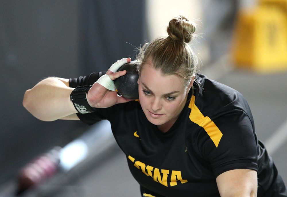 Iowa's Erika Hammond competes in the Shot Put during the Black and Gold Premier meet Saturday, January 26, 2019 at the Recreation Building. (Brian Ray/hawkeyesports.com)