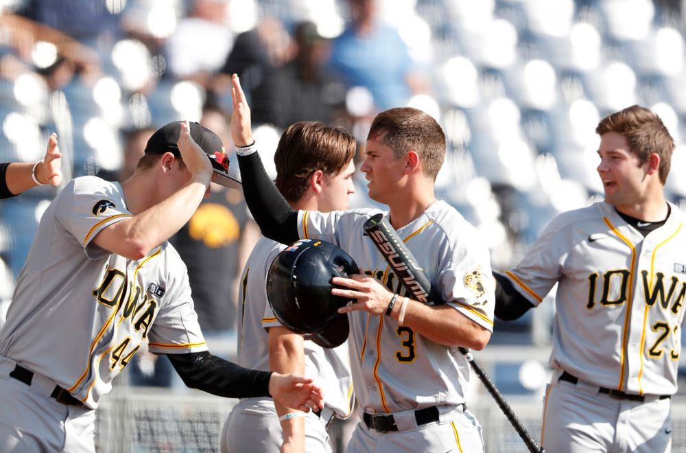 Iowa Hawkeyes infielder Matt Hoeg (3) against the Michigan Wolverines in the first round of the Big Ten Baseball Tournament  Wednesday, May 23, 2018 at TD Ameritrade Park in Omaha, Neb. (Brian Ray/hawkeyesports.com)