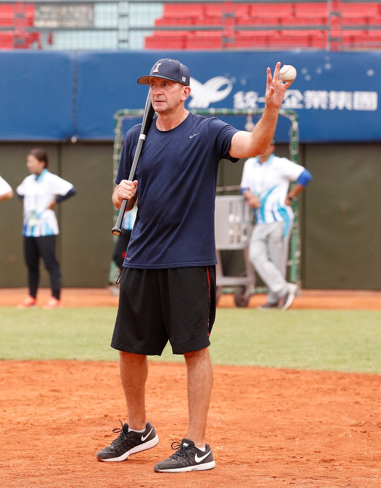 Head Coach Rick Heller