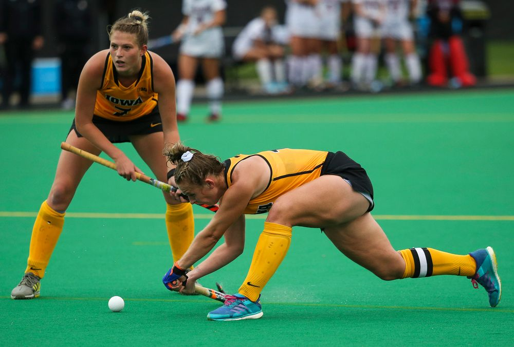 Iowa Hawkeyes midfielder Katie Birch (11) takes a shot on a penalty corner during a game against Stanford at Grant Field on October 7, 2018. (Tork Mason/hawkeyesports.com)