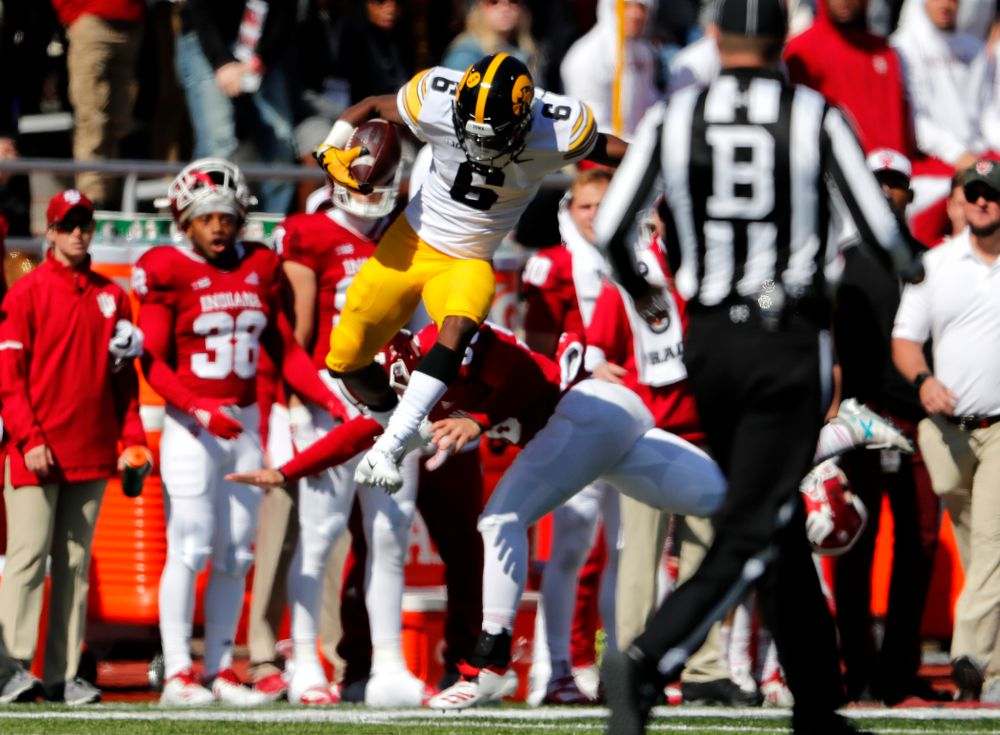 Iowa Hawkeyes wide receiver Ihmir Smith-Marsette (6) against the Indiana Hoosiers Saturday, October 13, 2018 at Memorial Stadium, in Bloomington, Ind. (Brian Ray/hawkeyesports.com)