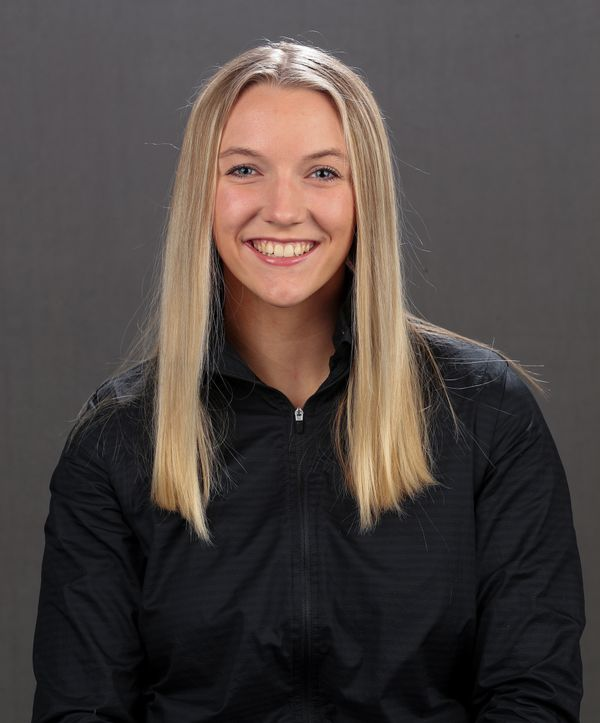 Ellie Rogers - Women's Gymnastics - University of Iowa Athletics
