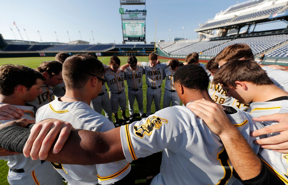 The Iowa Hawkeyes against the Michigan Wolverines in the first round of the Big Ten Baseball Tournament  Wednesday, May 23, 2018 at TD Ameritrade Park in Omaha, Neb. (Brian Ray/hawkeyesports.com)