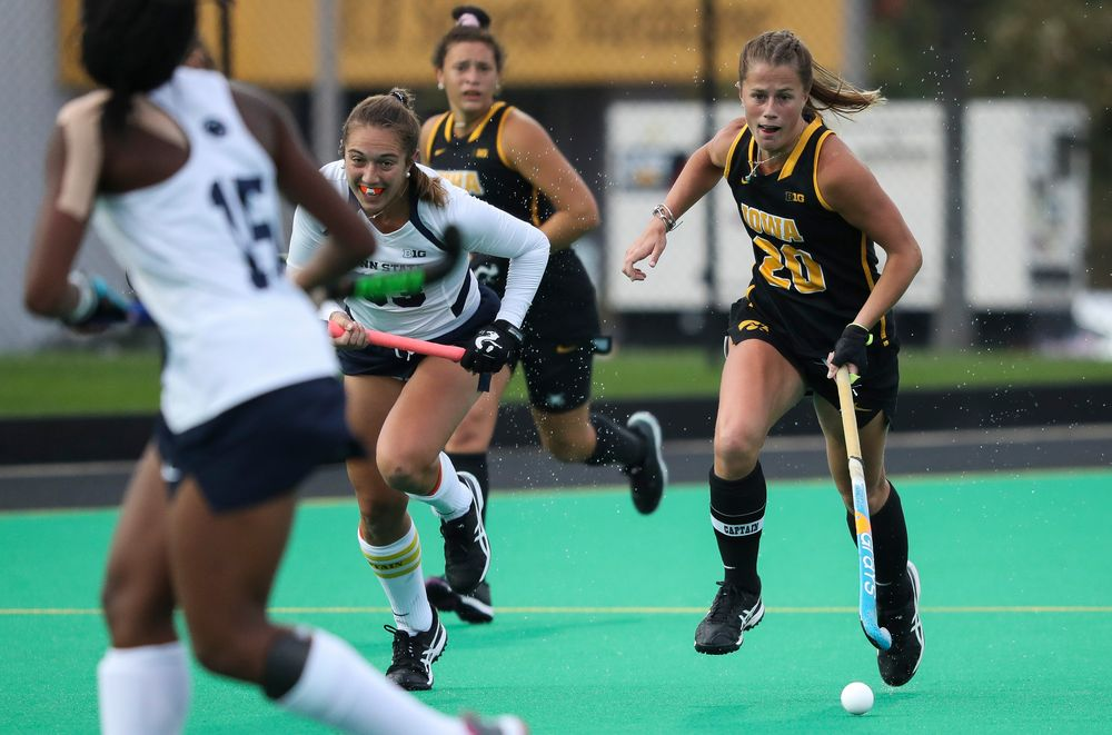 Iowa Hawkeyes midfielder Sophie Sunderland (20) dribbles the ball during a game against No. 6 Penn State at Grant Field on October 12, 2018. (Tork Mason/hawkeyesports.com)