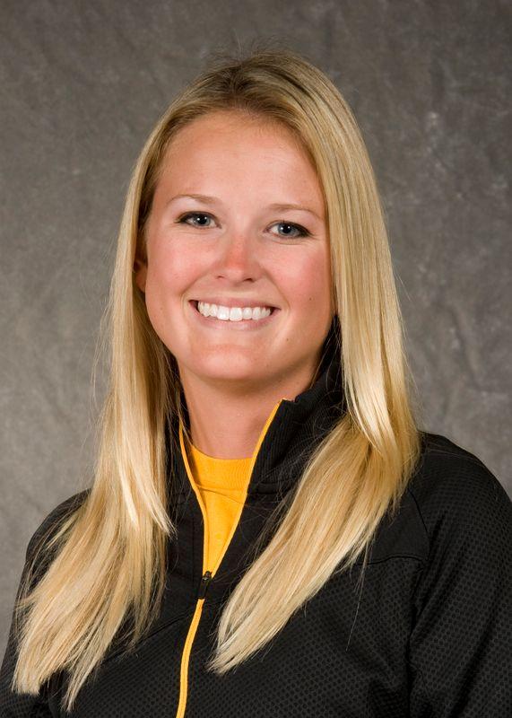 Alison Cavanaugh - Women's Golf - University of Iowa Athletics