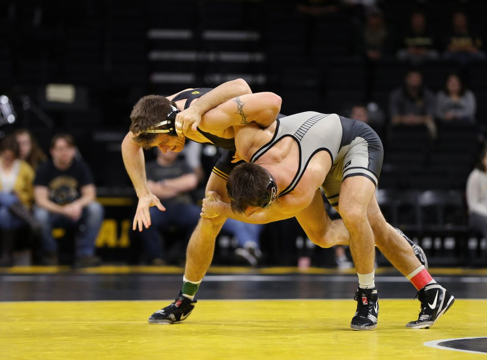 Iowa's Myles Wilson wrestles Purdue's Dylan Lydy at 174 pounds Saturday, November 24, 2018 at Carver-Hawkeye Arena. (Brian Ray/hawkeyesports.com)