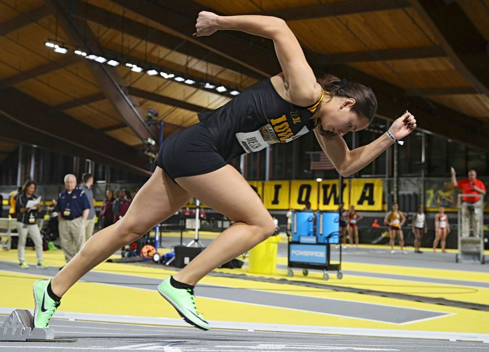 Iowa's Kylie Welch runs the women's 200 meter dash event during the Larry Wieczorek Invitational at the Recreation Building in Iowa City on Friday, January 17, 2020. (Stephen Mally/hawkeyesports.com)