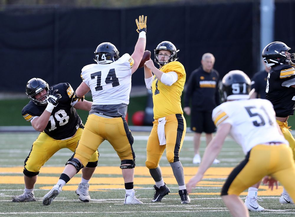 Iowa Hawkeyes quarterback Ryan Schmidt (17) during the teamÕs final spring practice Friday, April 26, 2019 at the Kenyon Football Practice Facility. (Brian Ray/hawkeyesports.com)