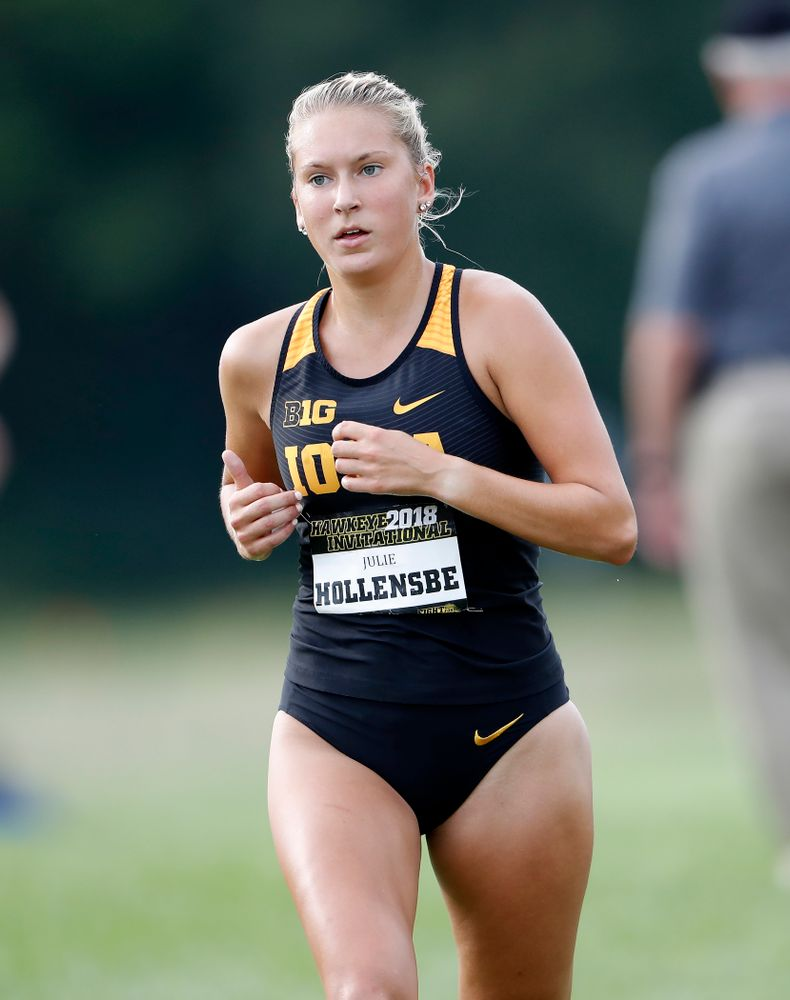 Julie Hollensbe during the Hawkeye Invitational Friday, August 31, 2018 at the Ashton Cross Country Course.  (Brian Ray/hawkeyesports.com)