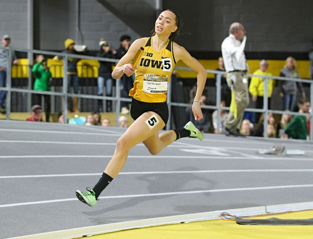 Iowa's Davicia Patterson runs the women's 1600 meter relay premier event during the Larry Wieczorek Invitational at the Recreation Building in Iowa City on Saturday, January 18, 2020. (Stephen Mally/hawkeyesports.com)
